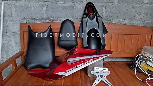 Body Costum Verza Red Gloss Custom Nama Sendiri