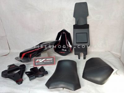 Body Belakang model CBR150 Facelift (K45G) untuk New CB150R Black Red Lis