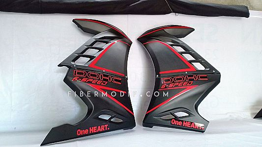 Half Fairing New CB150R - Black Gloss Hexagon Red Striped DOHC 6 Speed