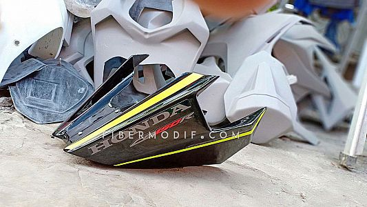 Undercowl CB150R Facelift - Black Gloss Green Lime Striped Racing 6 Speed