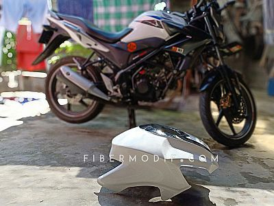 [Terpasang] Cover Tangki Old CB150R - White n Black Gloss