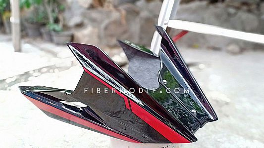 Undercowl All New CB150R - Black Gloss Red Striped